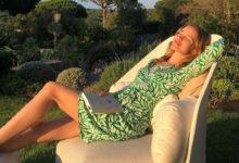 Photo of Водянова удивила фанатов ногами