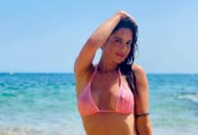 Photo of Стюардесса поделилась снимком топлес нафоне ночного пляжа