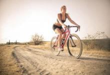 Photo of Женщины запустили тренд на«голые» велосипедки