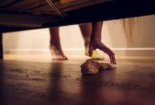 Photo of Почему нельзя выбрасывать носки безпары